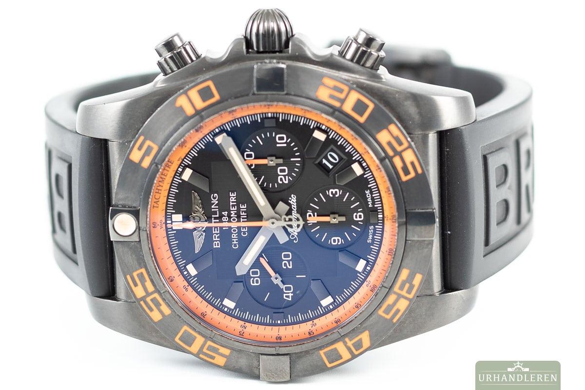 Breitling Chronomat Raven 44 mm