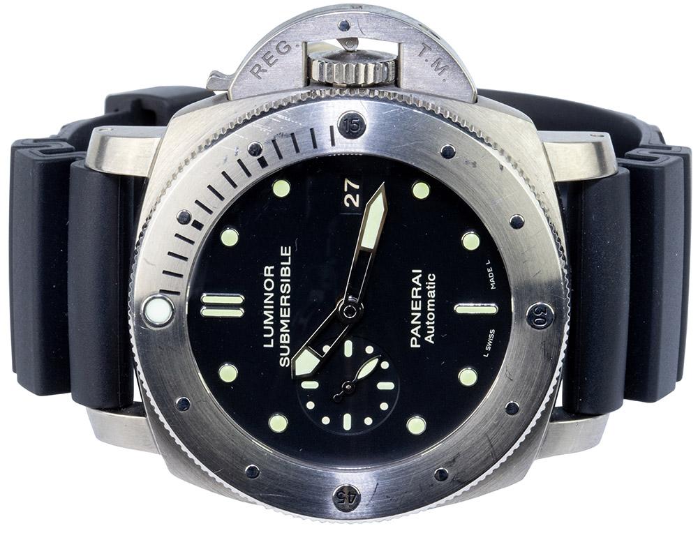 Panerai Submersible, 47mm, titanium